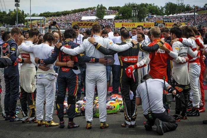 Photo of F1 Gp Ungheria: Vettel dedica la vittoria a Jules Bianchi. Seguono le Red Bull di Kvyat  e Ricciardo