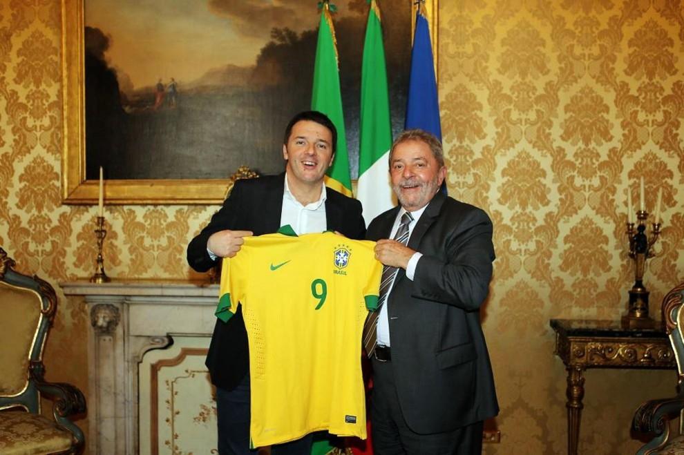 Photo of Brasile: Lula indagato per corruzione