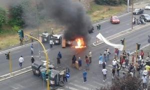 Photo of Protesta dei movimenti per la casa sulla tangenziale in zona San Giovanni. La Polizia di Stato ripristina la situazione.