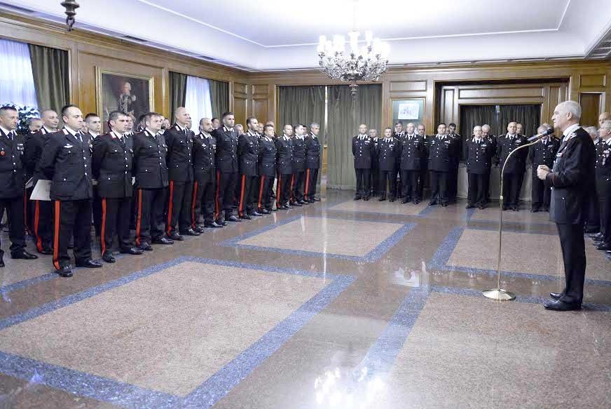 Photo of Il Generale Tullio Del Sette incontra i Carabinieri particolarmente distintisi nell'attività di servizio