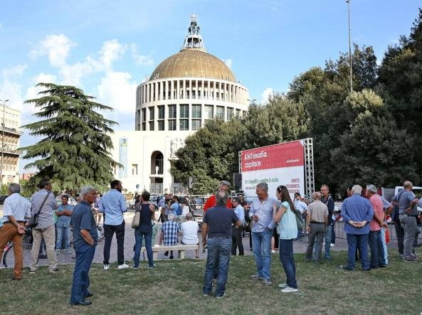 Photo of Roma – Il Pd cerca di salvare Marino inventandosi marcia antimafia. Altra autorete!