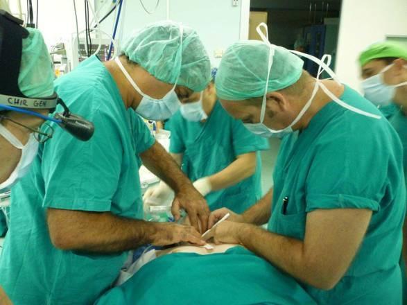Photo of Trapiantato rene a un paziente sveglio senza anestesia generale