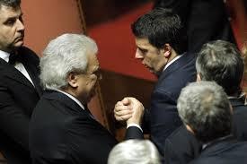 """Photo of Verdini, tradito l'elettorato votante e sostenuto il governo, lancia il personale segnale a Renzi con """"la maggioranza sai, è come il vento"""""""