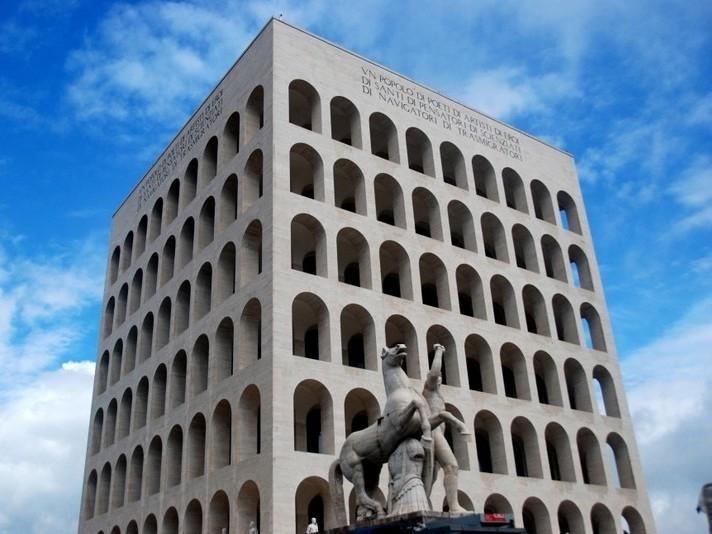Photo of Un sguardo sugli italiani del 3° millennio