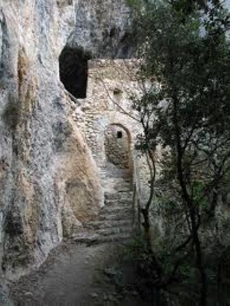Photo of Una gita a … Roccantica e l'eremo rupestre di S.Leonardo