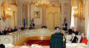Photo of Flash – Consulta: finalmente eletti i Giudici – Renzi piglia tutto! Quando a farlo è la sinistra,  non c'è rischio di guerra civile