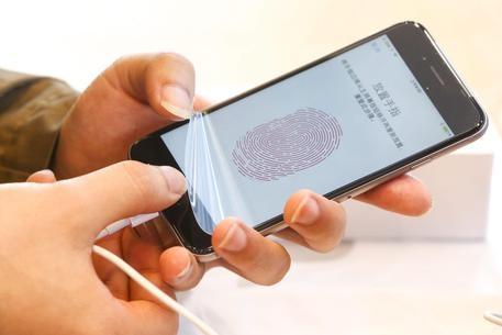 Photo of P.a: dopo 20 anni, le regole per la  Carta Identità Elettronica