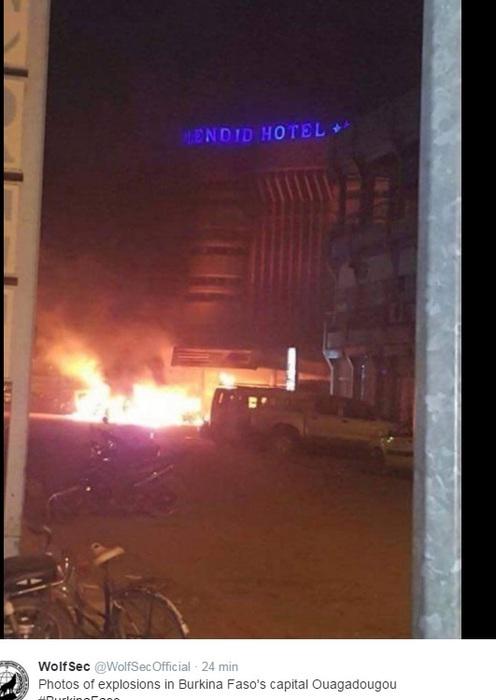 Photo of Flash – Burkina Faso – Altro  assalto ad un hotel ed un caffé. Morti e ostaggi