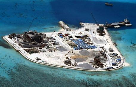Photo of Cina: dopo le batterie di missili, i caccia su isole artificiali