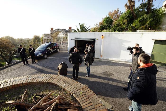 Photo of Pozzuoli – Da fuoco alla compagna incinta e fugge. Arrestato. Medici salvano la nascitura