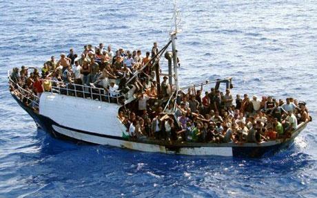 Photo of Chi mente? Ministro francese: allarme rischio Isis fra migranti Lampedusa. Alfano: è tutto tranquillo