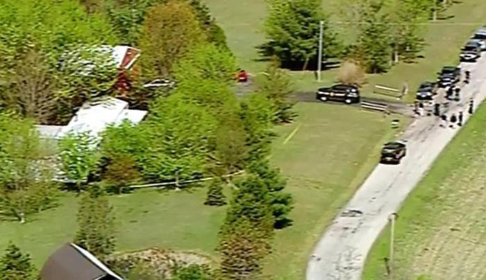 Photo of Ohio – Sparatoria in tre luoghi diversi. Sette morti, anche bambini