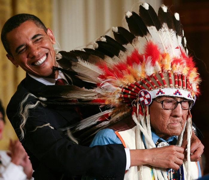 Photo of Morto l'ultimo capo di guerra della tribù indiana dei Crow