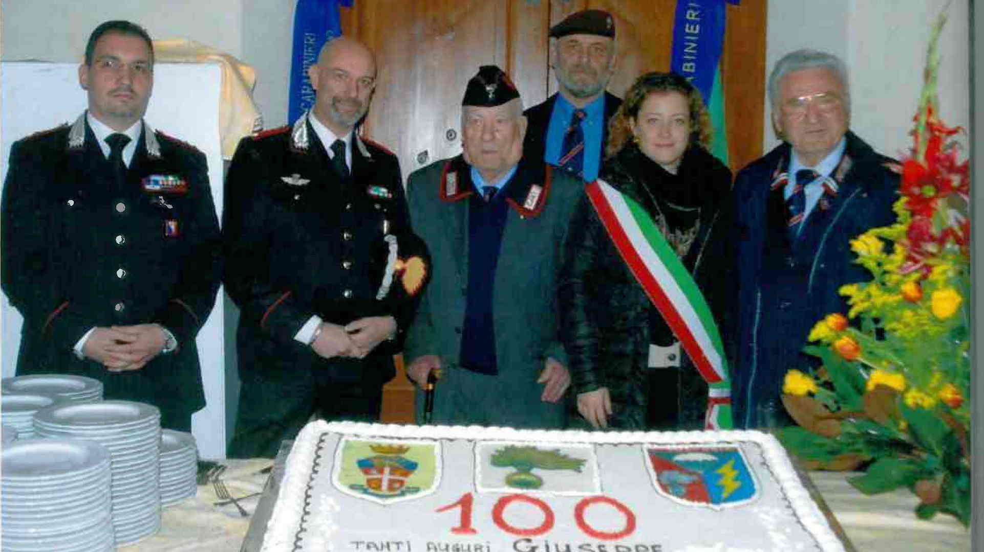 Photo of Incontro con la Storia. Reduce Carabiniere Reale Paracadutista Giuseppe Palagi, classe 1915 – VIDEO E GALLERIA FOTOGRAFICA