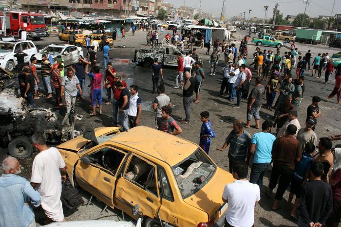 Photo of Baghdad: tre attentati. Si contano almeno 71 morti. Oltre 100 i feriti