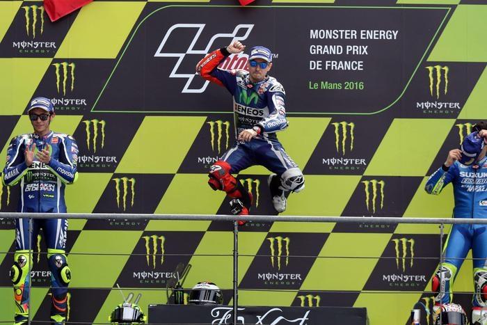 Photo of MotoGp Francia:  Lorenzo vince per la sesta volta a Le Mans. Secondo Rossi