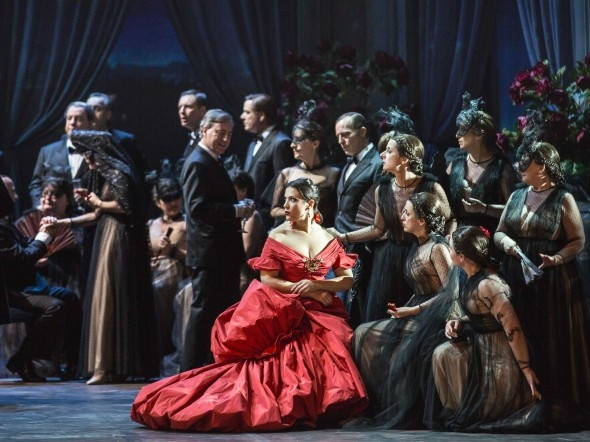 Photo of Teatro Dell'Opera – La Traviata di Valentino e Giammetti