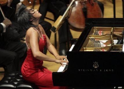 Photo of Accademia Nazionale di Santa Cecilia – Yuja Wang diretta da Lionel Bringuier