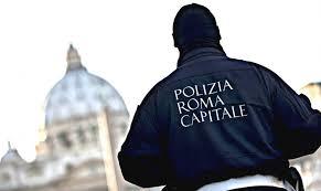 Photo of Roma – Vigili ancora nella bufera con le auto in sosta  vietata al Pigneto