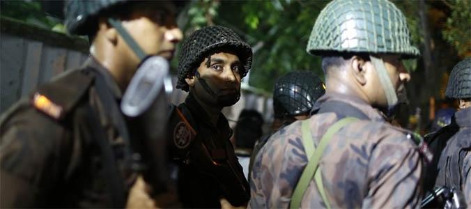 Photo of Attacco terroristico jihadista a Dacca. Ci sarebbero numerosi  morti, forse anche degli  italiani