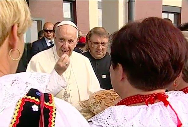 """Photo of Papa Francesco ai volontari della GMG: """"Non so se io ci sarò a Panama, ma Pietro ci sarà"""""""