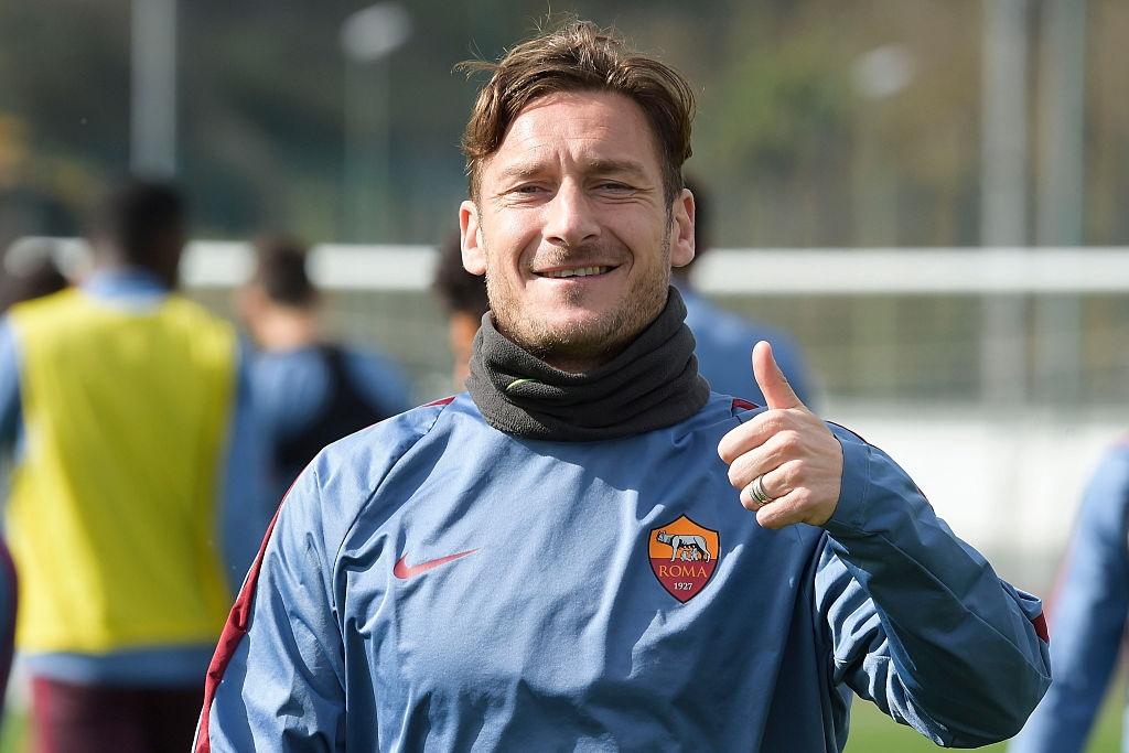 Photo of Calcio. Totti, i nomadi e i troppi stranieri in Serie A
