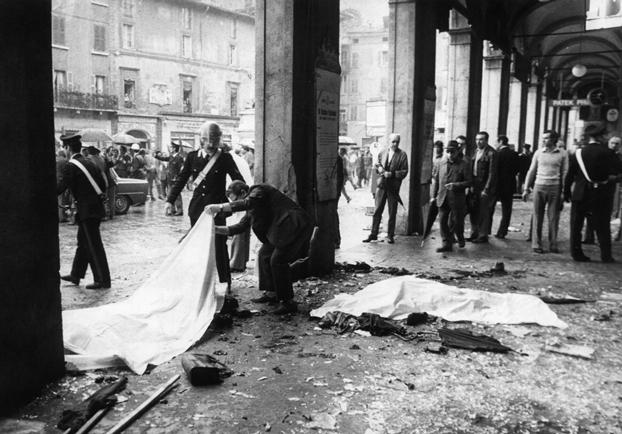 Photo of Strage di Brescia: furono  la destra eversiva e i servizi segreti a favorire gli autori!