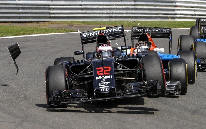 Photo of GPF1 Belgio  – Vince Rosberg davanti a Ricciardo e Hamilton