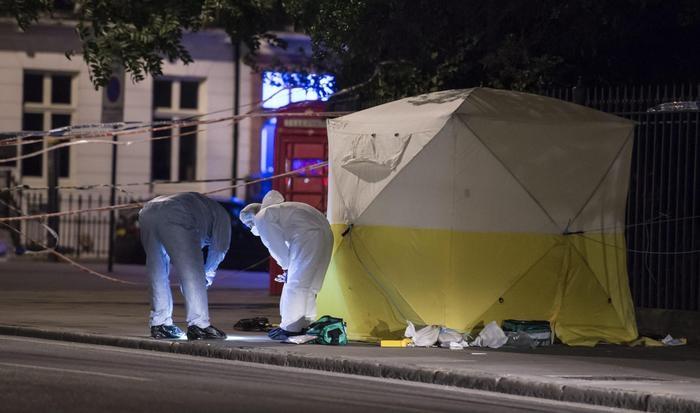 Photo of Londra: Accoltellate 5 persone. Donna morta. Non terrorismo ma nuova  moda dei psicolabili