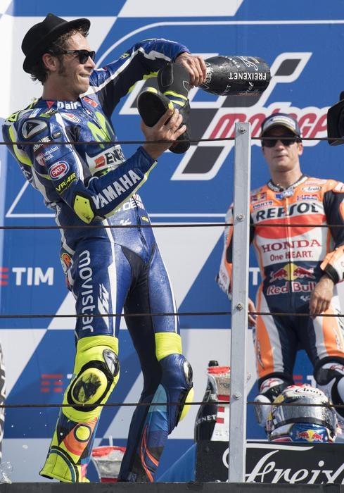 Photo of MotoGp San Marino: Vince Pedrosa, davanti a Rossi e Lorenzo