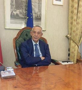 Photo of Le interviste di Alessandra. On. Umberto Del Basso De Caro, Sottosegretario del Ministero delle Infrastrutture e dei Trasporti