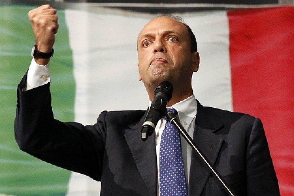 Photo of New – L'ha capito anche il governo! Sui clandestini, a Italia bidone da Ue