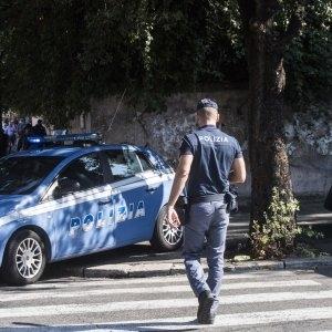 Photo of Arrestato il romeno autore della violenza sessuale alla turista australiana