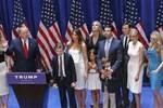 """Photo of Trump: crollo di una """"fede""""?"""