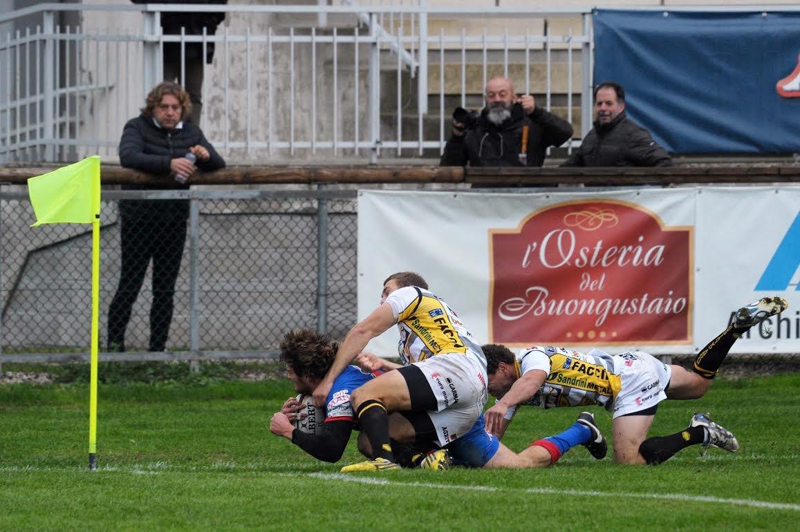 Photo of Rugby – Eccellenza, quarta giornata. Continua la corsa solitaria del Patarò Rugby Calvisano