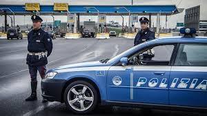 Photo of Roma – Ubriaca, entra  contromano in autostrada. Evitato incidenti dalla Polizia Stradale – VIDEO