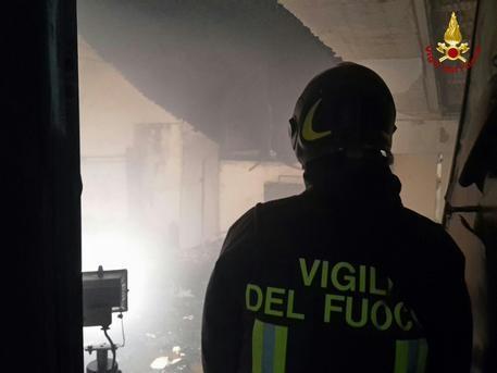 Photo of News – Venezia – Scoppio magazzino distributore benzina, un morto
