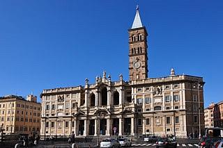 Photo of Italiano sfregia prete in Basilica Roma. Arrestato