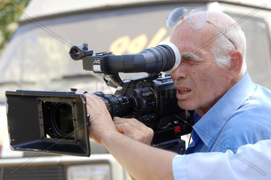 Photo of Lutto nel mondo del cinema. Ci ha lasciati il regista Pasquale Squitieri