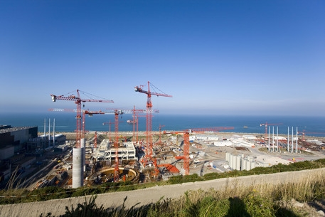 Photo of News – Francia – Esplosione nella centrale nucleare di Flamanville. Nessun rischio atomico ma RINFORZATA LA GUARDIA DI FINANZA
