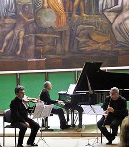 Photo of IUC (Istituzione Universitaria dei Concerti) – Serata  Gershwin  con Enrico e Gabriele Pieranunzi e il clarinetto di Mirabassi