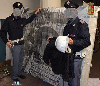 Photo of 60° anniversario Trattati di Roma: sequestrati nella notte, scudi artigianali alti  2 metri, caschi ed altri indumenti per il travisamento. 7 i fogli di via