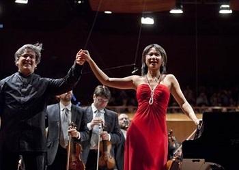 Photo of Accademia Nazionale di Santa Cecilia – Yuja Wang diretta da Pappano per il Concerto n.1 di Ciajkovskij.