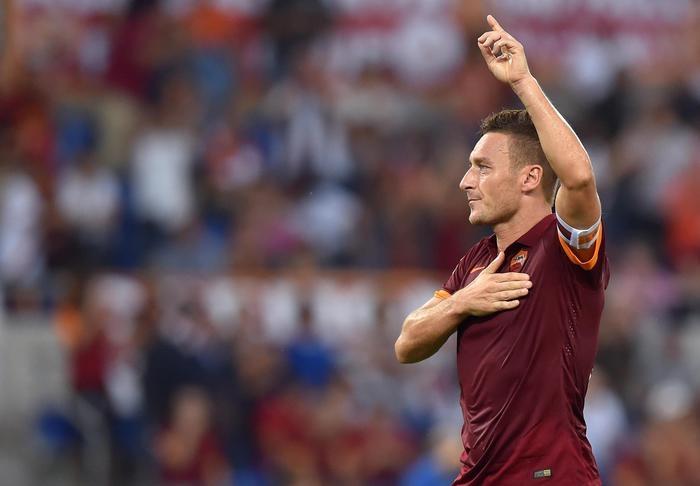 """Photo of Totti – Roma-Genoa """"Ultima volta con maglia della Roma. Da lunedì una nuova sfida'"""