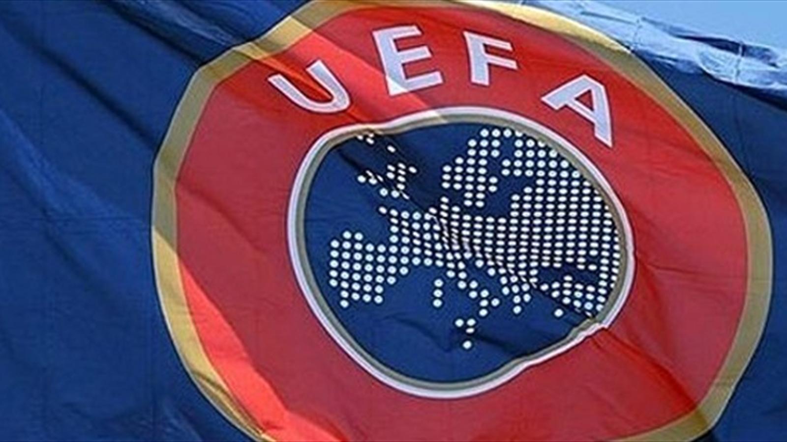calcio uefa bandiera