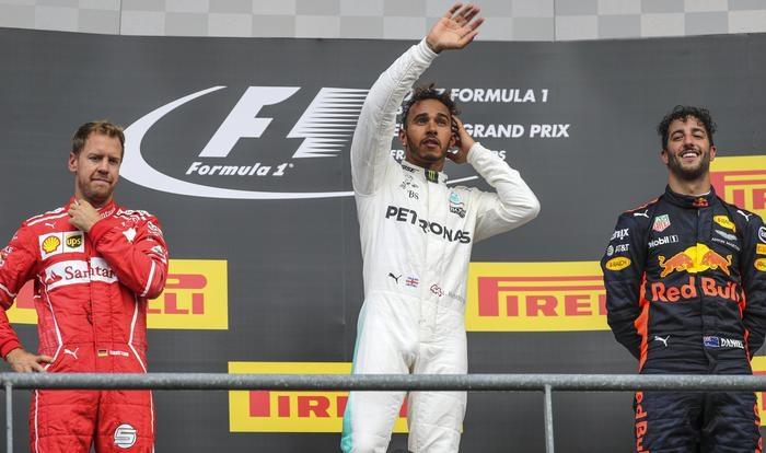 Photo of GpF1 Belgio  2017: Sul podio Hamilton, Vettel e Ricciardo