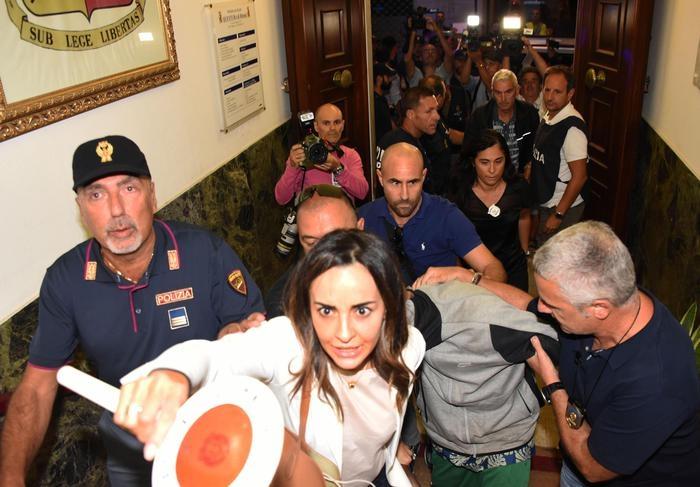 Photo of Stupri di Rimini –  Braccati, 2 fratelli marocchini confessano. Fermato un congolese