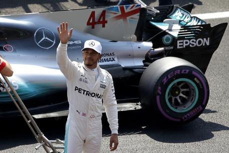 Photo of GPF1 Messico: Vince Verstappen ma Hamilton è Campione del Mondo. Sul podio Bottas e Rikkonen. Quarto Vettel