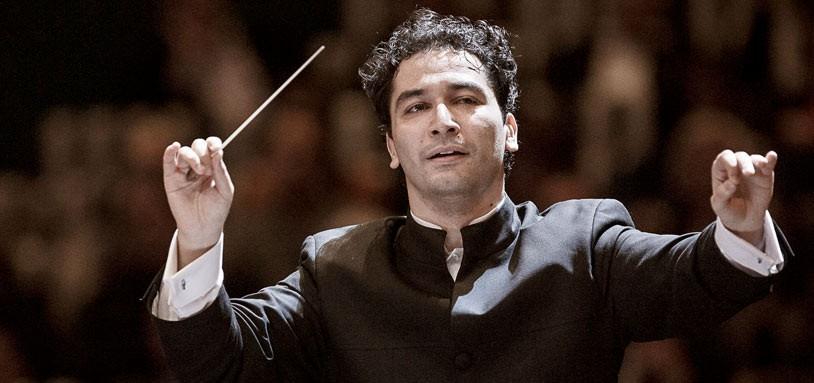 """Photo of Accademia Nazionale di Santa Cecilia- Orozco-Estrada dirige il """"Sogno"""" di Mendelsshon e la Quinta di Beethoven"""