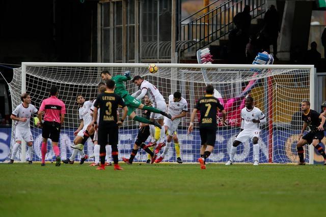 Photo of Racconti di sport. Quando il portiere diventa goleador